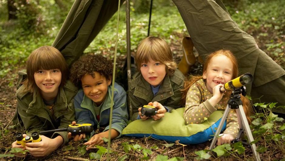 Razvoj srečnega otroka se vedno začne z igro (po Iben Dissing Sandahl) (foto: profimedia)