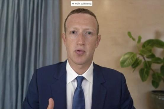 Kongresniki kritični do direktorjev Facebooka, Twitterja in Googla: Zastrupljate glave mladih