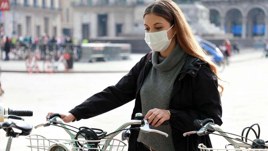 Sedemdnevno povprečje potrjenih okužb znaša 957 (foto: Profimedia)