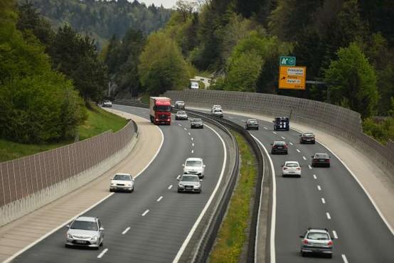 Delo začela Uprava avtocestne policije
