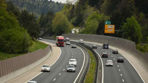Delo začela Uprava avtocestne policije (foto: Tamino Petelinšek/STA)