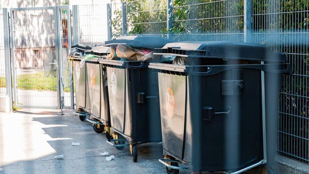 Voka Snaga bo zvišala cene ravnanja z odpadki (foto: Profimedia)