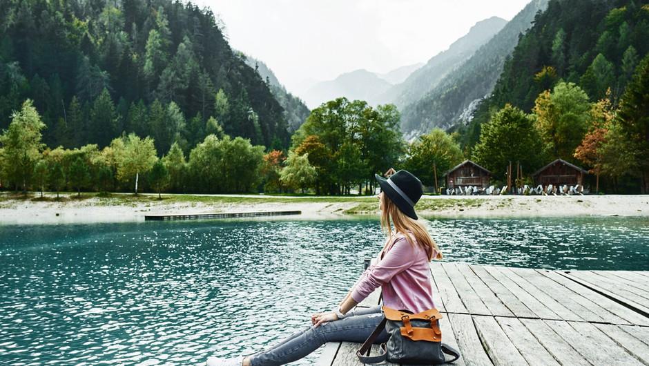 Izredno toplo vreme s temperaturami do 25 stopinj se bo nadaljevalo vse do petka (foto: Shutterstock)