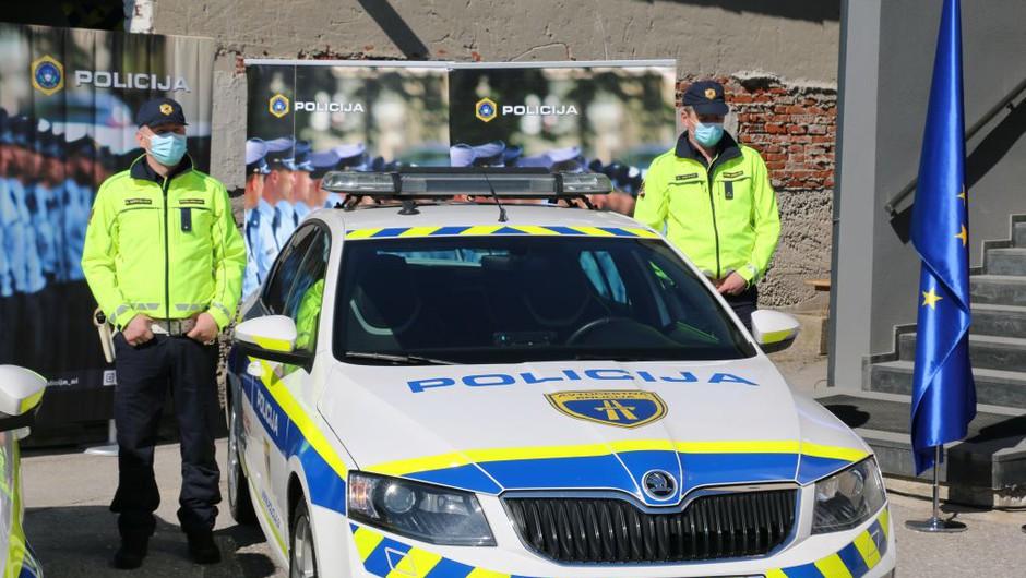 Neznanec v hišo občinske svetnice v Črnomlju vrgel molotovko (foto: Policija)