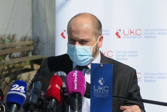 Minister Poklukar vabi k cepljenju in poziva k premagovanju predsodkov