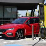 Bodo lastniki vozil PHEV končno začeli izkoriščati brezemisijski del potenciala svojega vozila? (foto: Škoda)