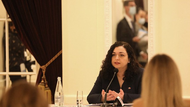 V kosovskem parlamentu izvolili novo predsednico države Vjoso Osmani (foto: profimedia)