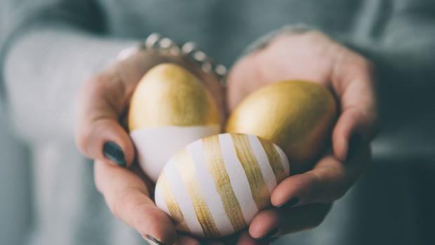 Škofje: Tradicionalne obiske na velikonočni ponedeljek naj tokrat nadomestijo telefonski klici (foto: Shutterstock)
