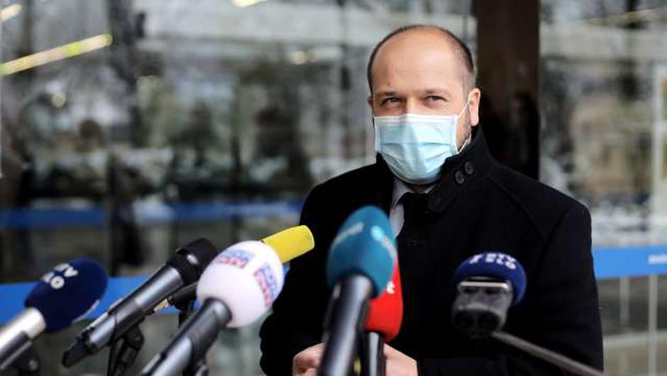 Poklukar: Za spremljanje cepljenja v pripravi aplikacija (foto: Daniel Novakovič/STA)