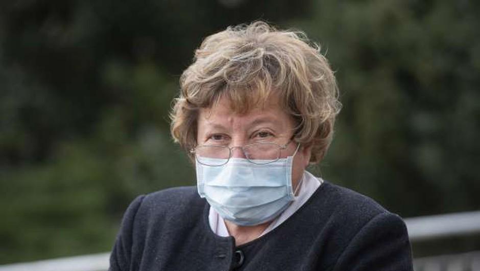 Lejko Zupančeva: V tretjem valu se znižuje starost hospitaliziranih bolnikov (foto: Bor Slana/STA)
