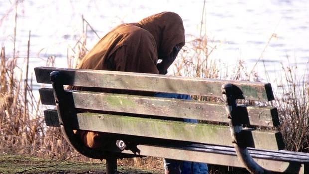 V stiski? Vabljeni na brezplačno in anonimno psihološko svetovalnico: Na varnem.si! (foto: profimedia)