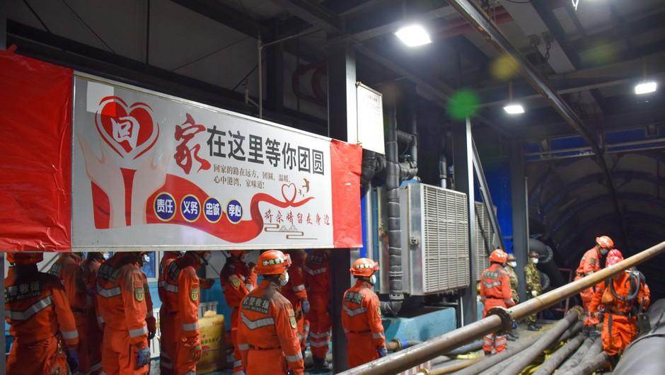 V rudniku na zahodu Kitajske ujetih 21 rudarjev na globini 1200 metrov (foto: profimedia)
