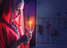 Več kot milijarda muslimanov po vsem svetu danes začenja postni mesec ramazan