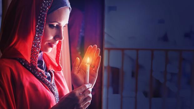Več kot milijarda muslimanov po vsem svetu danes začenja postni mesec ramazan (foto: Shutterstock)