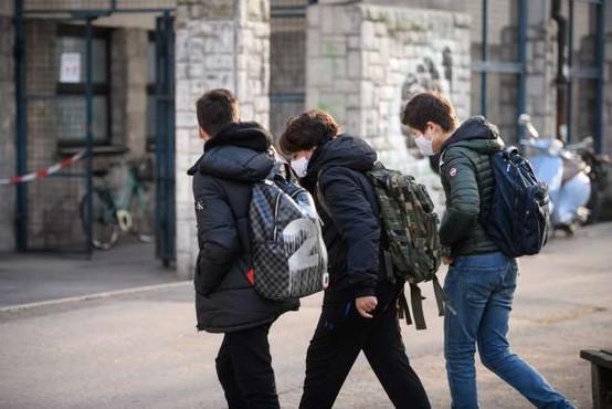 Začetek samotestiranja dijakov v petek, zadnja triada osnovnošolcev po prvomajskih praznikih
