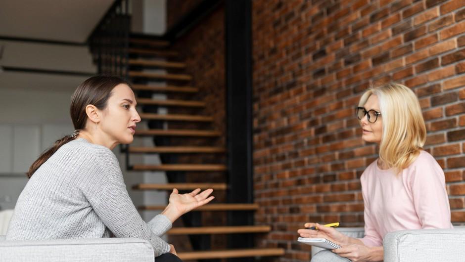 Potrebo po pomoči strokovnjaka v večji meri v raziskavi izrazili predvsem brezposelni in študenti (foto: Profimedia)