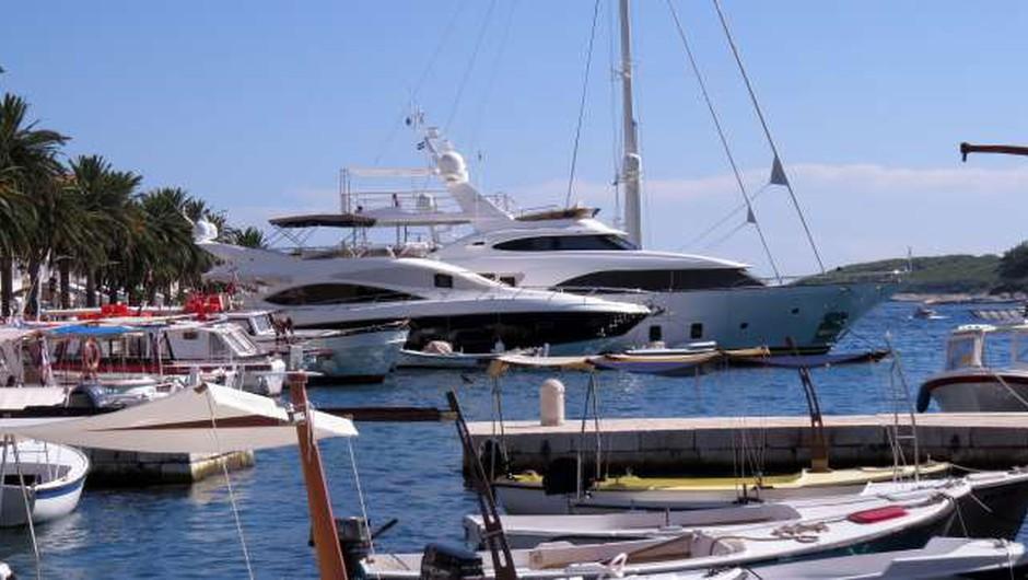 Na Hrvaškem plačevanje turistične takse za plovila le še prek spleta (foto: Hina/STA)