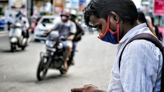 V Indiji v zadnjem dnevu rekordnih 200.000 novih okužb (foto: profimedia)