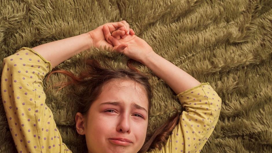 Stiska mladostnikov v času epidemije raste, velja jim prisluhniti (foto: profimedia)