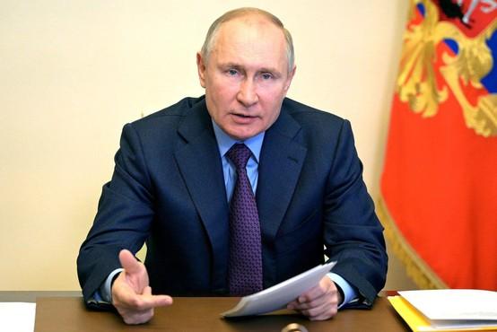 Podpisniki odprtega pisma, med njimi JK Rowling, zahtevajo od Putina zdravnika za Navalnega
