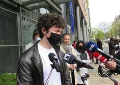 Okrajna sodnica ustavila prekrškovni postopek zoper dijaka, ki je protestiral za vrnitev v šolo
