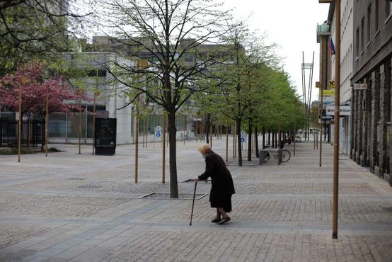 Upokojenka zaradi osamljenosti podala lažno prijavo zločina