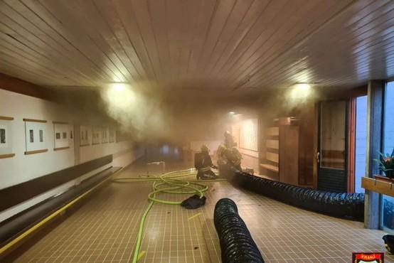 Požar na kranjski šoli izbruhnil v prostorih za kemijo