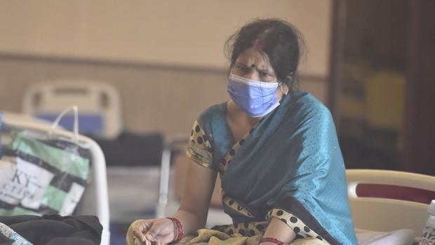 V Indiji največji prirast okužb v enem dnevu doslej na svetu (foto: Profimedia)