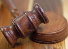 Na mariborskem sodišču ustavljen postopek zoper dijakinjo, ki je sodelovala na protestu