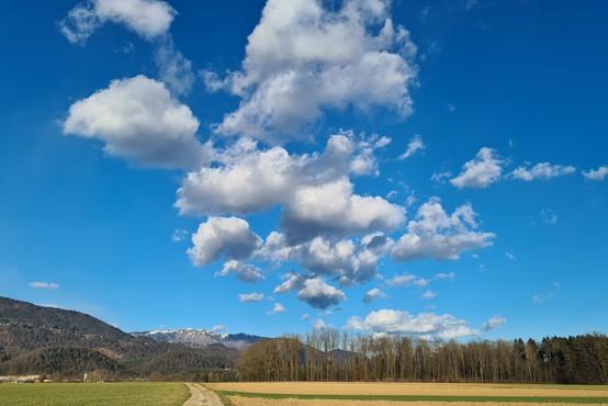 Povejte mi, kakšne oblike so oblaki na nebu, pa vam povem, kakšno vreme se obeta!