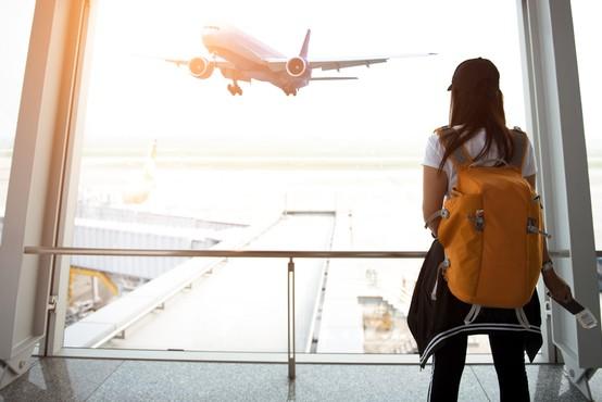 """Razmere po svetu se menjajo hitro, čarterski poleti iz ljubljanskega letališča trenutno najbolj """"varna"""" oblika potovanj"""