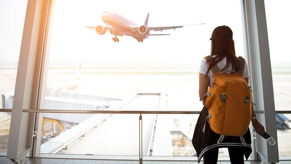 """Razmere po svetu se menjajo hitro, čarterski poleti iz ljubljanskega letališča trenutno najbolj """"varna"""" oblika potovanj (foto: Shutterstock)"""