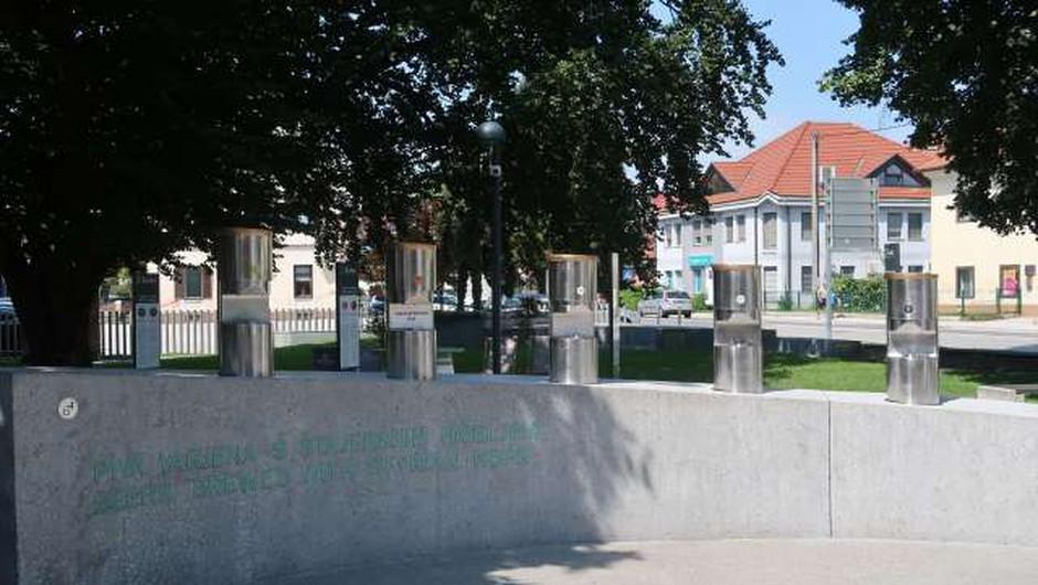Na žalski fontani piv lani prodali polovico manj piva (foto: Lili Pušnik/STA)