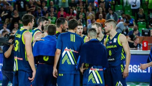 Slovenski košarkarji v Kölnu z Nemčijo, Litvo, Francijo, Madžarsko in BiH (foto: Anže Malovrh/STA)