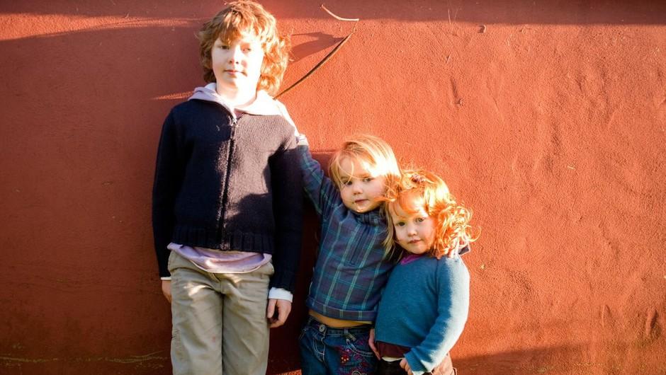 Terapevt razloži, zakaj so prvorojenci 'perfekcionisti', mlajši pa 'nastopači' (foto: profimedia)