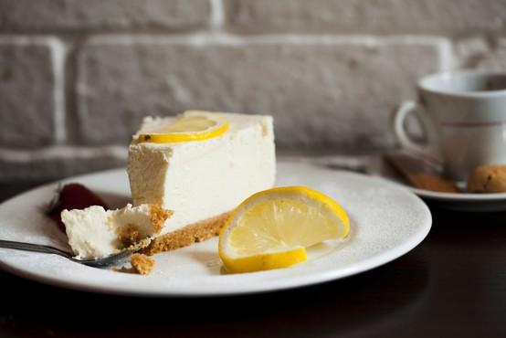 Preizkusite vrhunski recept Marthe Stewart za 'cheesecake', ki ga ni potrebno peči!