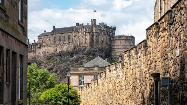 Zaradi epidemije po drugi svetovni vojni najdlje zaprt Edinburški grad spet odprl svoja vrata (foto: profimedia)