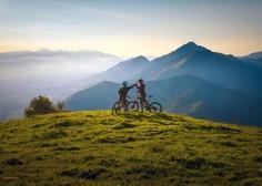 Prebivalci Slovenije večinoma ocenjujejo, da so zdravi; zelo pogosto ali dokaj pogosto telovadi 45 odstotkov vprašanih