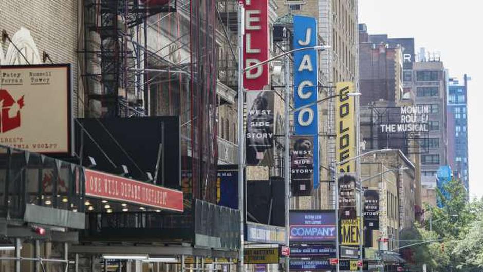 Septembra bodo po letu in pol odprli gledališča na Broadwayu (foto: Xinhua/STA)