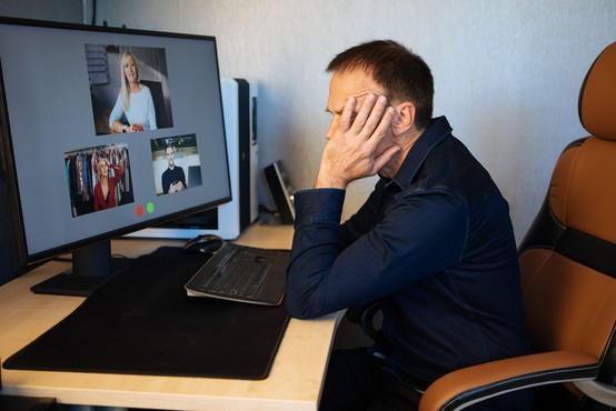 Nova raziskava: naši možgani potrebujejo odmor med sestanki