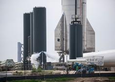 SpaceX prvič uspešno pristal svojo raketo Starship
