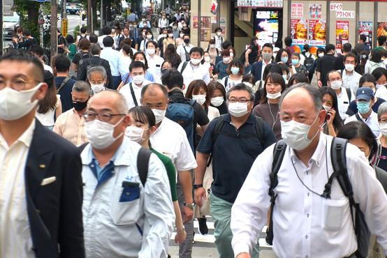 Na Japonskem bodo zaradi povečanega števila okužb izredne razmere podaljšali do konca maja