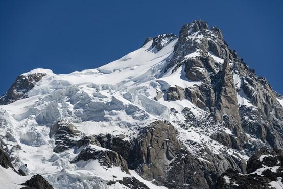 V Savojskih Alpah plazova ugasnila sedem življenj