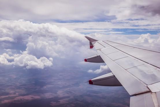 Ptica ustavila polet letala z Brnika, dopustniki na Madeiro z zamudo