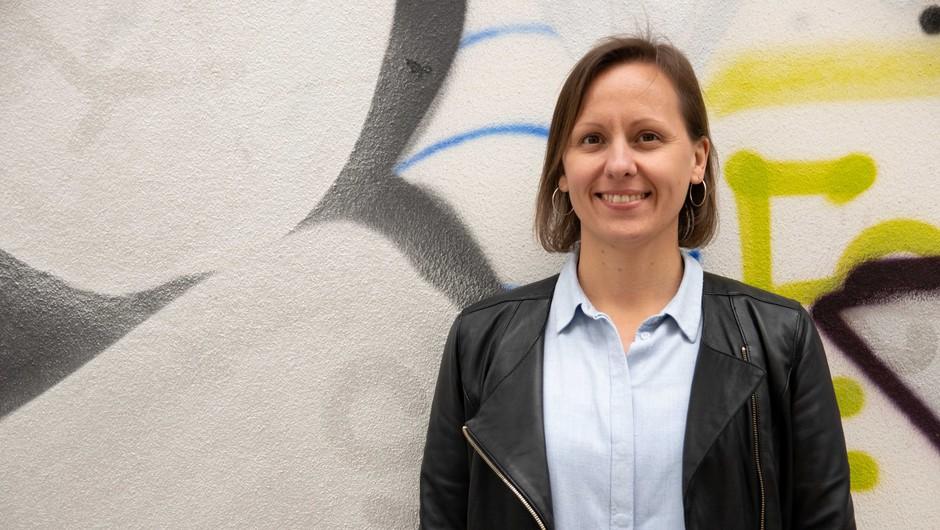 Žaklina Žnajder se je Ekologom brez meja pridružila v začetku poletja 2020. Trenutno ustvarja na programu Zero Waste Slovenija, predvsem na krepitvi nacionalne mreže zero waste občin in izmenjavi dobrih praks na mednarodnih projektih. (foto: Katja Sreš)