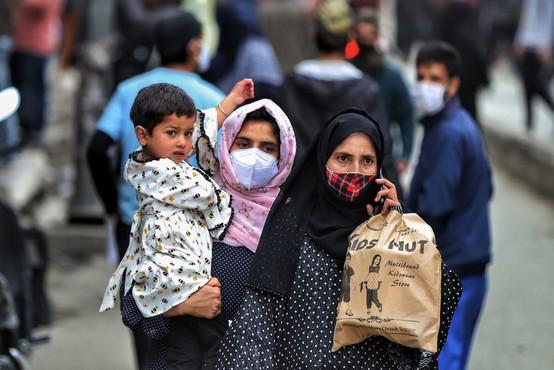 Največ okužb z indijsko različico so poleg Indije potrdili v Veliki Britaniji