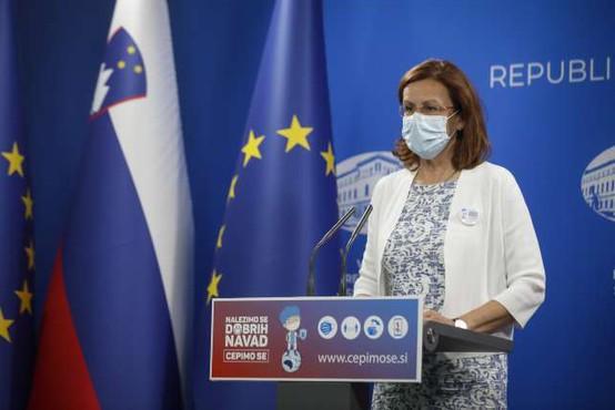V Sloveniji prevladuje angleška različica virusa, uveljavitev indijske zaenkrat zelo malo verjetna