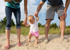 Mednarodni dan družin: strokovnjaki menijo, da so družine skrite žrtve epidemije