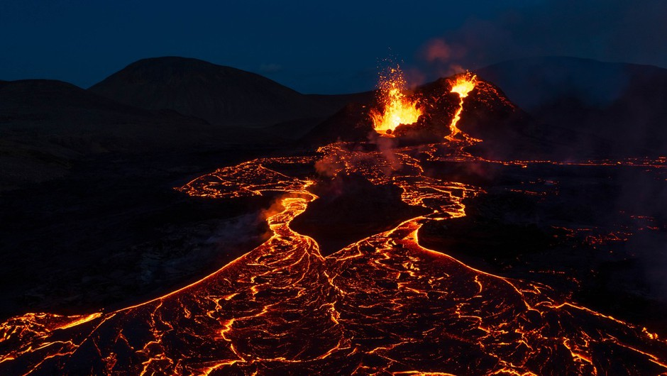 Novi vulkan na Islandiji (o fenomenu Fagradalsfjalla piše Vid Legradić) (foto: profimedia)