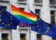 """""""Vsi ljudje se rodijo svobodni in imajo enako dostojanstvo in enake pravice"""""""